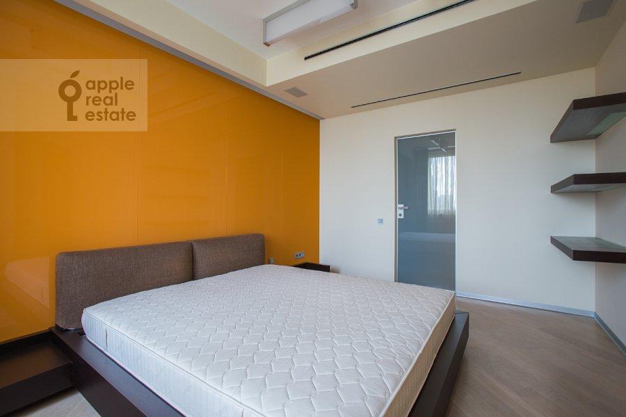 Спальня в 4-комнатной квартире по адресу Ленинский  пр-т. 116к1