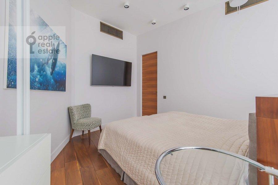 Bedroom of the 3-room apartment at Profsoyuznaya ulitsa 64k2