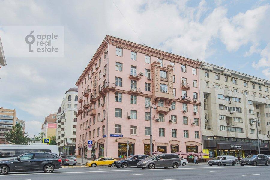 Photo of the house of the 2-room apartment at 1-ya Tverskaya-Yamskaya ulitsa 12