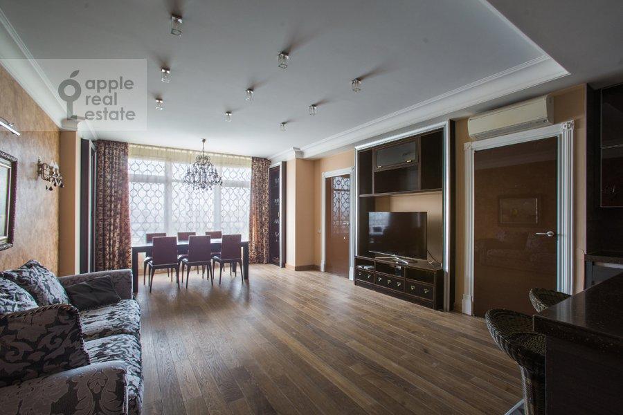 Гостиная в 3-комнатной квартире по адресу Фотиевой ул. 6к1
