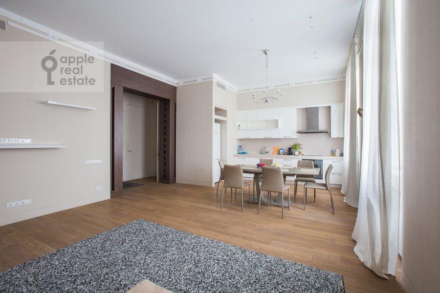 Гостиная в 3-комнатной квартире по адресу Пречистенка ул. 25