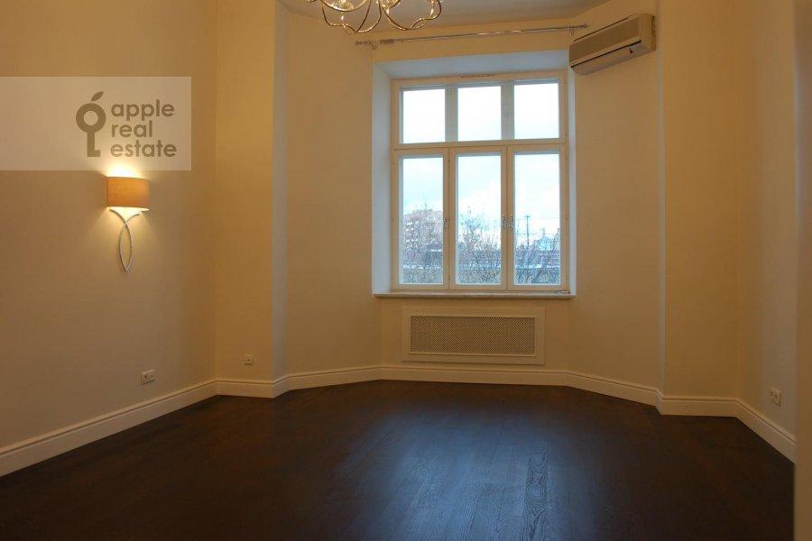 Спальня в 5-комнатной квартире по адресу М. Левшинский пер. 7