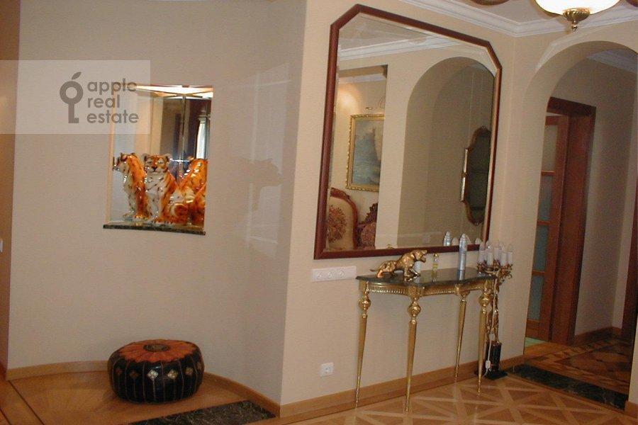 Спальня в 3-комнатной квартире по адресу Зоологическая ул. 22