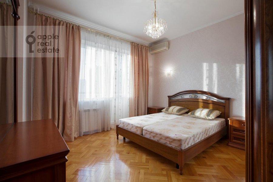 2-комнатная квартира по адресу Удальцова ул. 32с1
